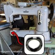 Bloco Com Aro Sistema Antigo Da Lançadeira Para Máquina De Selaria Adler 104 105 Singer 45 K