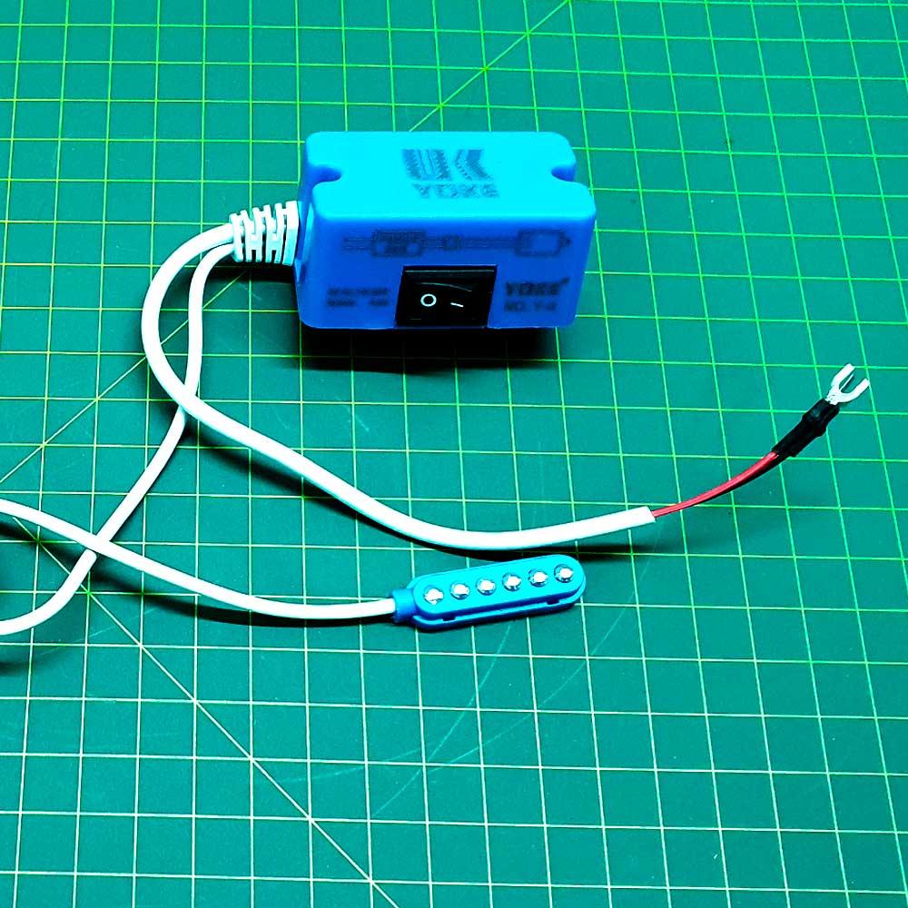 Luminária 6 LED Para Máquina De Costura  - Pavvia Agulhas e Peças