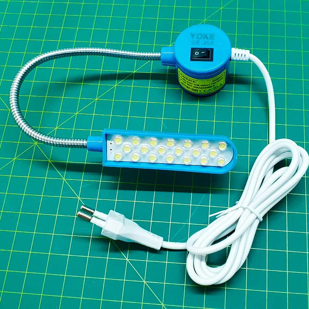 Luminária Led Com Haste Flexível e Tomada Para Máquina Costura 30 LEDS  - Pavvia Agulhas e Peças
