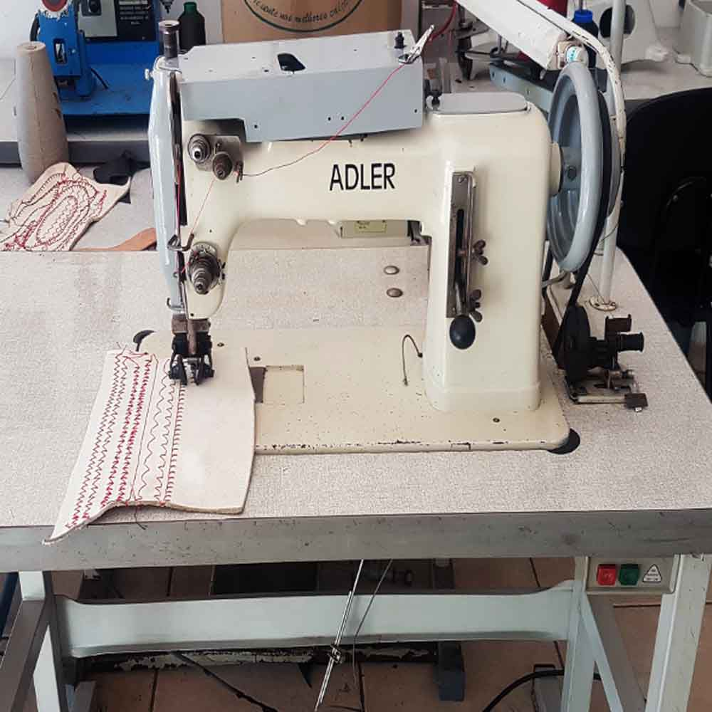 Máquina de costura Adler 166- 302 8 costuras   - Pavvia Agulhas e Peças