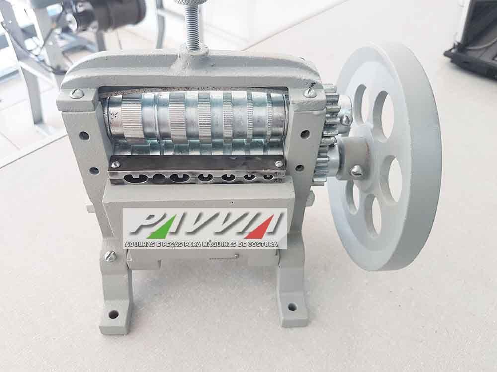 Maquina de dobrar tirinhas