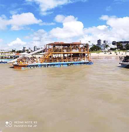 Passeio para Piscinas do Seixas de Catamarã, saindo da Praia de Tambaú -  João Pessoa, PB