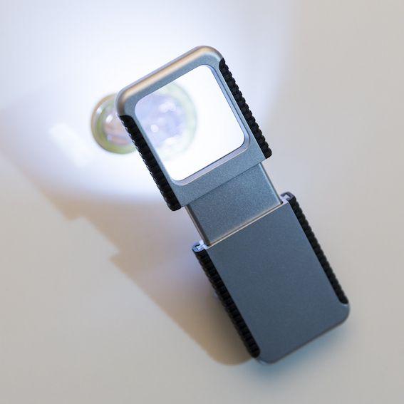 Lupa com Lanterna Personalizada