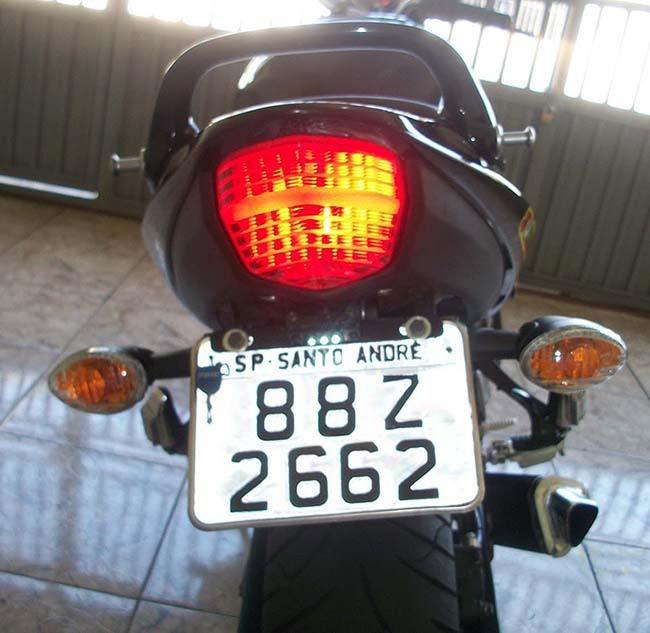 Suporte De Placa Articulado Suzuki Bandit 2012 Em Diante