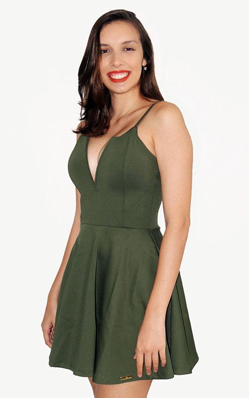 Vestido liso rodado decote V alça fina