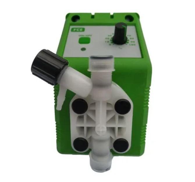 Bomba dosadora Emec 01L/H – 5BAR, MODELO FCE 0501 J/PVDF+FP+PTFE