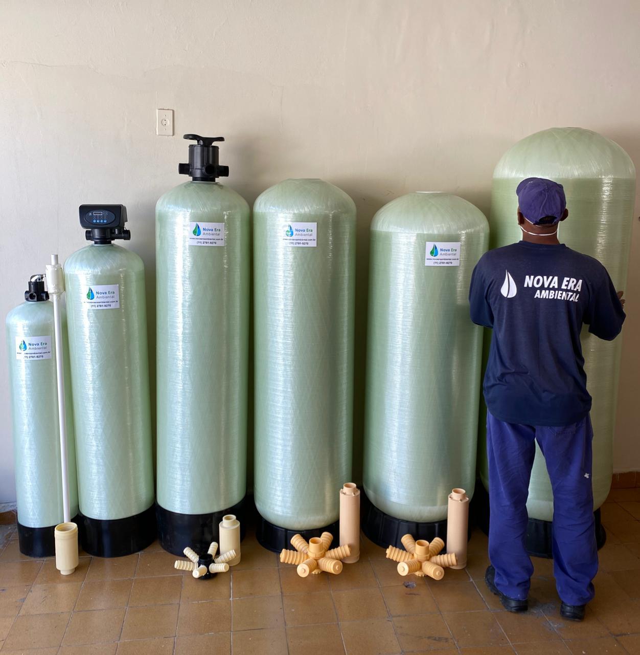 """FILTRO NEA46: de 4.000 a 6.000 litros/hora  ou  4 a 6m3/h - PADRAO 18X65"""" - inclusa válvula seletora, crepinas e tubo central"""