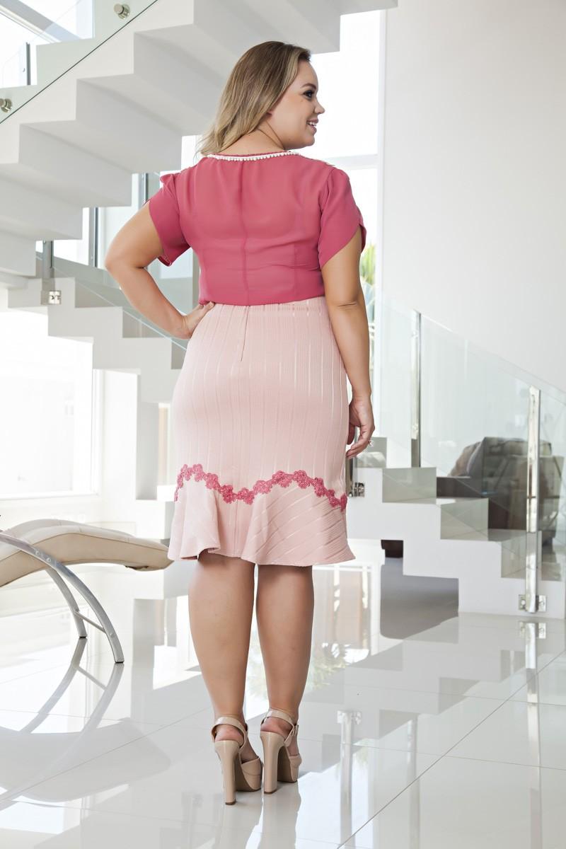 2066-Conj: plus size camisa em chiffon c/ renda bordada e saia em malha c/ forro det. guipier