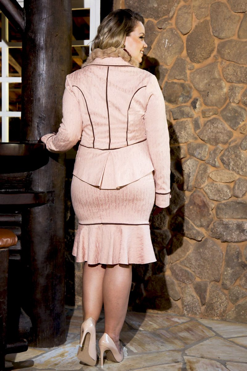 2213- Conj: plus size blazer em jacquard c/ vies e saia em jacquard c/ forro det. vies