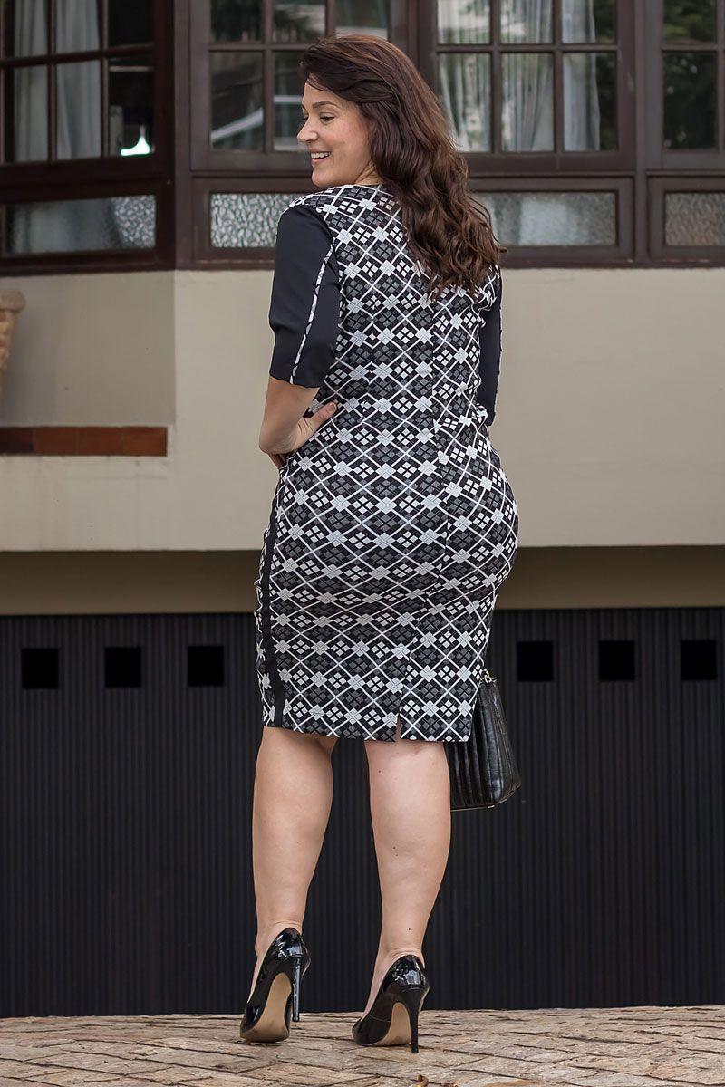 2551 - Vestido Plus Size em alfaiataria jaquard 02 cores c/ forro