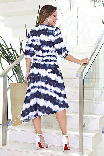 2612 - Vestido em crepe com elastano na estampa Tay Dye forrado