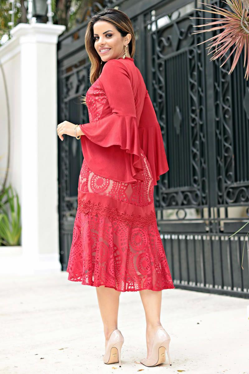 2644 - Vestido maxi em renda com malha rayon e manga sino (PRODUTO NA PROMOÇÃO NÃO TEM DESCONTO NO PAGAMENTO A VISTA)