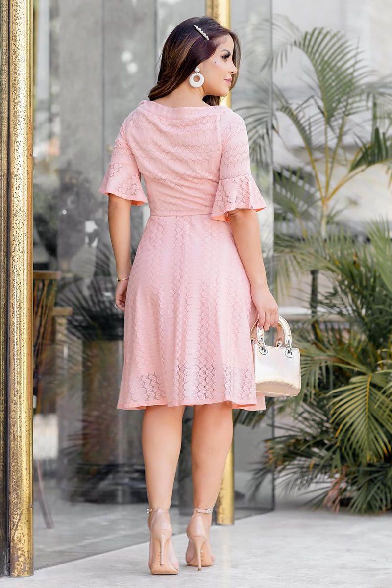 2770 - Vestido lady like em renda com botões frontais.
