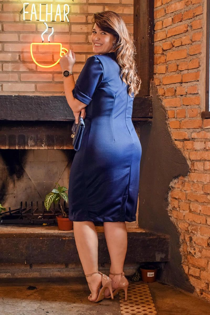 2786 - PLUS SIZE - Vestido em montaria com brilho e detalhes de corrente na cintura. ( PRODUTO NA PROMOÇÃO NÃO TEM DESCONTO NA COMPRA A VISTA)