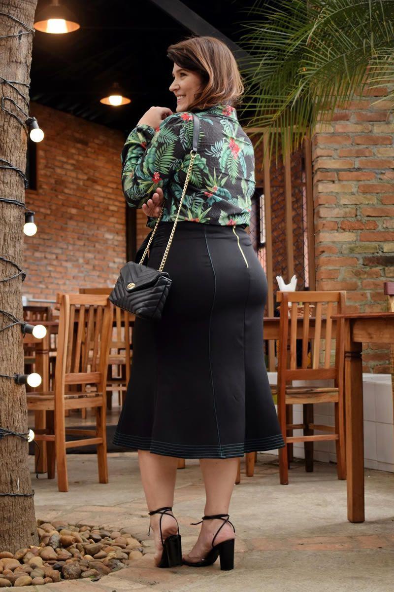 2805 - Plus Size- Camisa em Seda com elástano e estampa exclusiva. ( PRODUTO NA PROMOÇÃO NÃO TEM DESCONTO NA COMPRA A VISTA)