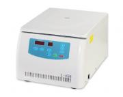 Centrífuga digital de bancada 4.000 RPM pode ser equipada com rotores de ângulo fixo ou horizontal com capacidades para 18x5ml (vácuo). 8x15ml, 24x15ml, 20x12ml, 6x50ml (redondos) 8x15ml (falcon)