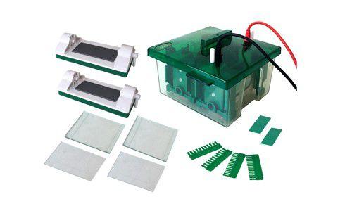 Mini Cuba Para Eletroforese Vertical Dupla 10cm, Para o Preparo e Corrida De 4 Géis Simultâneos - Modelo: DVG-10 (4) MINI