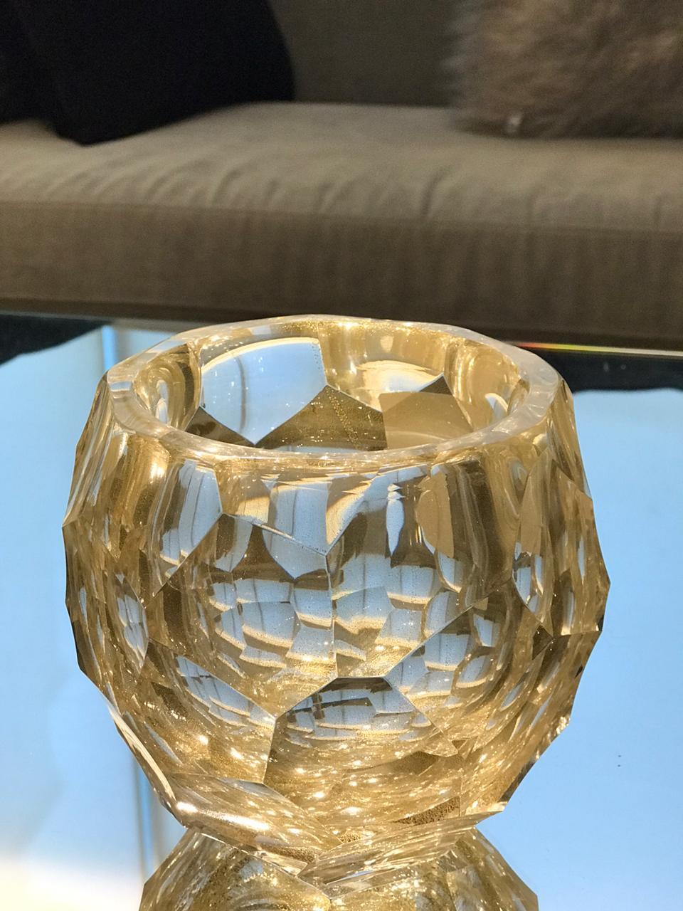 Cachepot Diamond Round Lapidado - Transp. com Ouro - P
