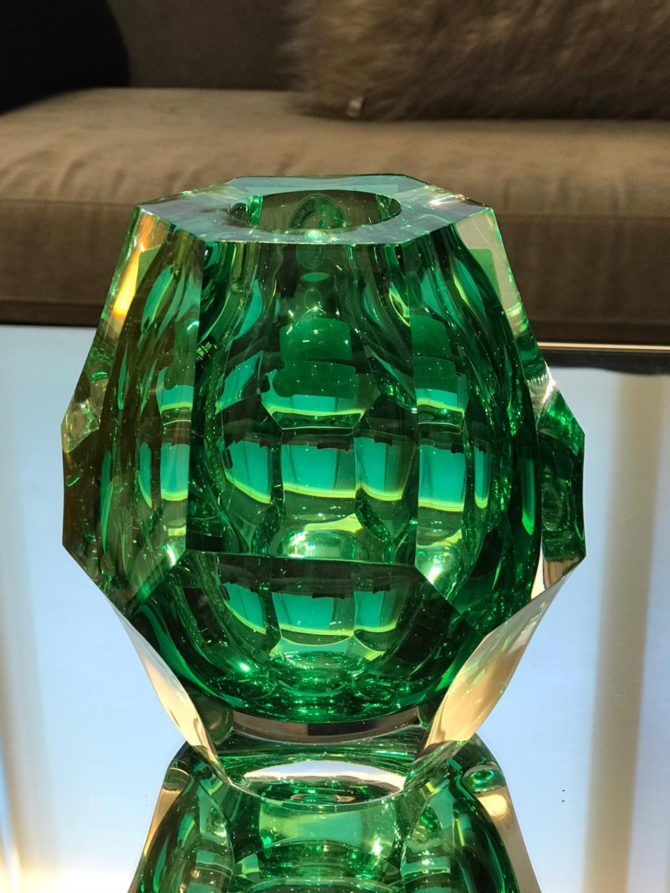 Vaso Diamond Lapidado - Verde Esmeralda - M