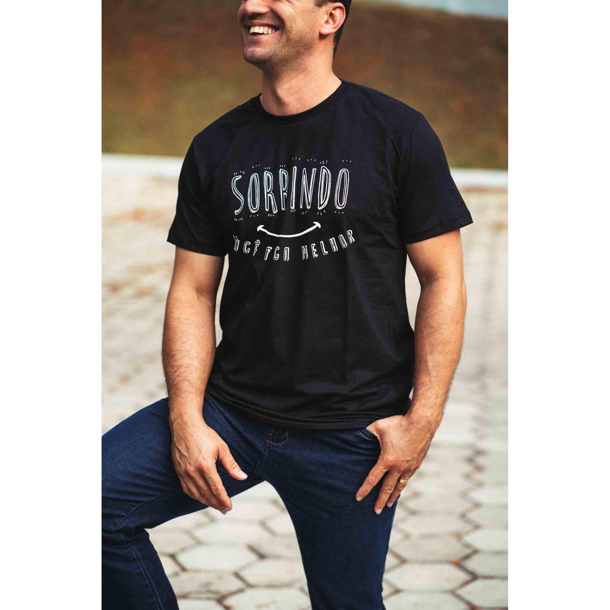 Camiseta masculina Sorrindo você fica melhor  - Loja Amo Família