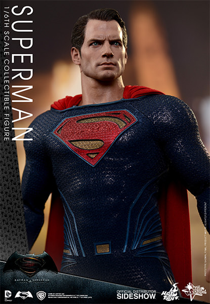 Batman Vs Superman: Dawn of Justice Superman Escala 1/6 - Hot Toys