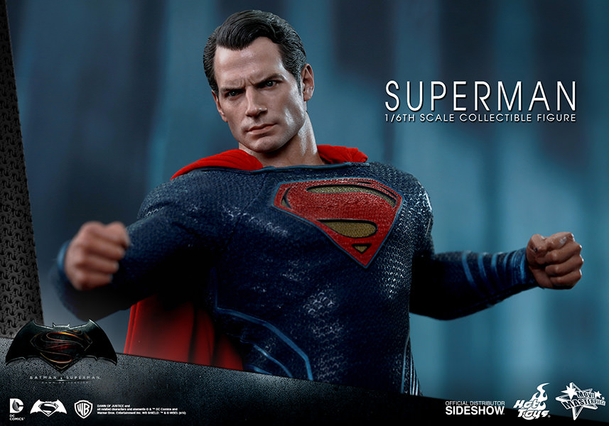 Batman Vs Superman: Dawn of Justice Superman Escala 1/6 - Hot Toys
