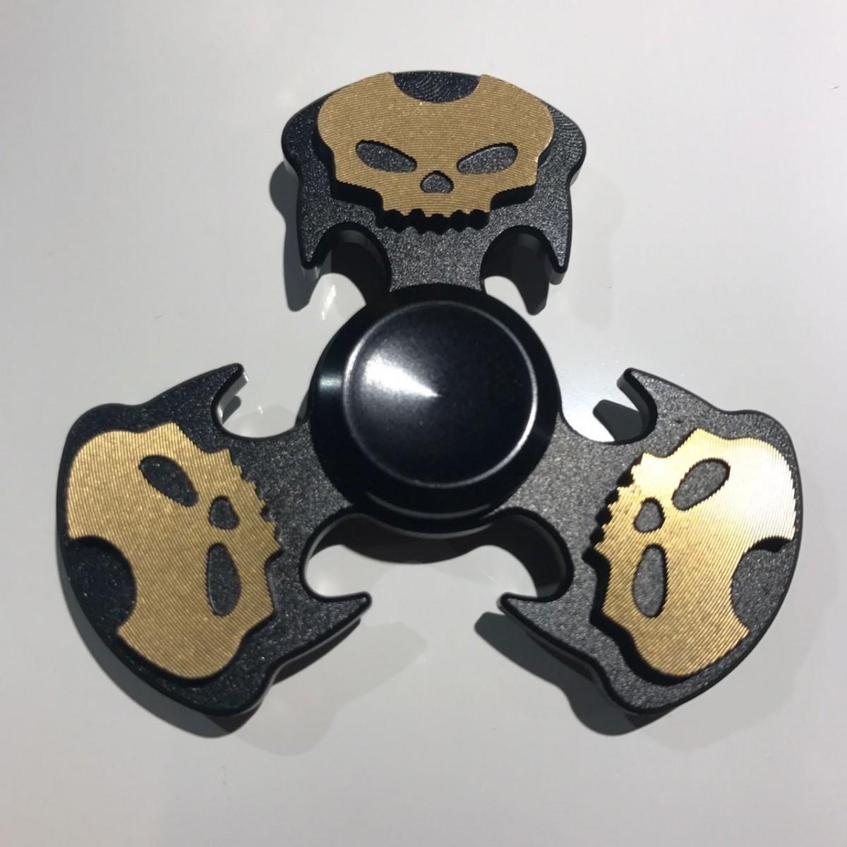 Hand Spinner de Caveira Preto - Rolamento Anti Estresse Fidget Hand Spinner