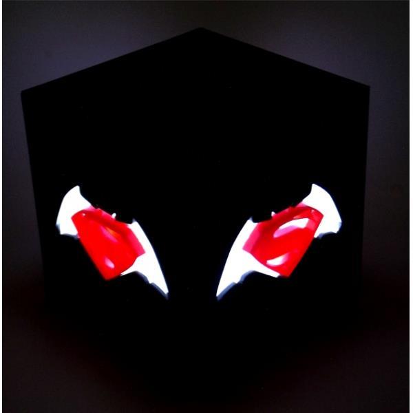 Luminária Cubo Batman Vs. Superman - FP Design  - Toyshow Colecionáveis