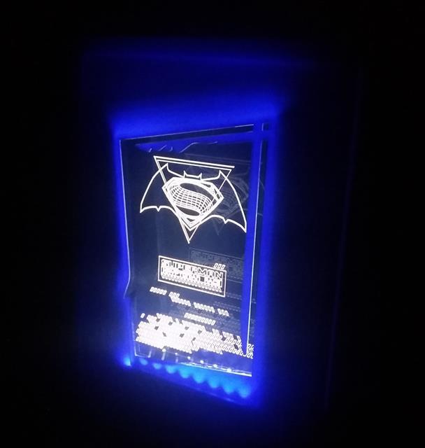 Luminária Quadro Batman Vs. Superman: Kryptonian Race - FP Design