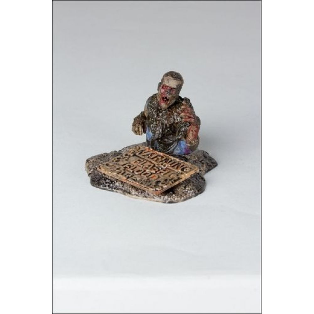 Boneco Mud Walker: The Walking Dead Serie 7 - McFarlane Toys