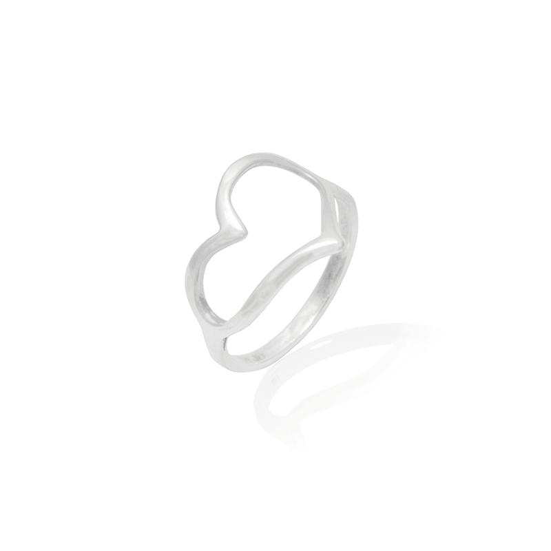 Anel Coração Vazado II Em Prata 925