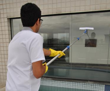 KIT Para Limpeza de Vidros MASTER Com Bolsa KT903 BRALIMPIA