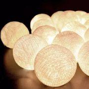 Cordão Fio de LuzLuminária branca com 10 Bolas de 5cm cada