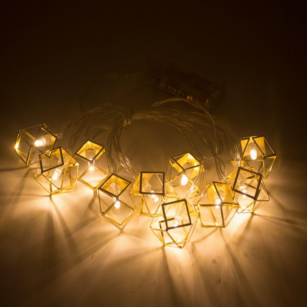 Cordão com 10 Cubos geométrico 2m à Pilha - Dourado  - Shop Ud