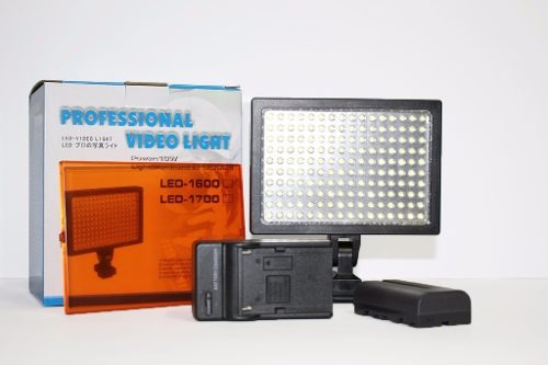 Kit Iluminador Professional Video Light Com Bateria E Carregador - LED-1600