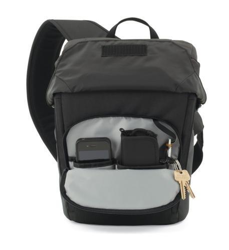 Mochila LowePro Para Câmera Digital DSLR, Tablet E Acessórios - Urban Photo Sling 250 LP36419