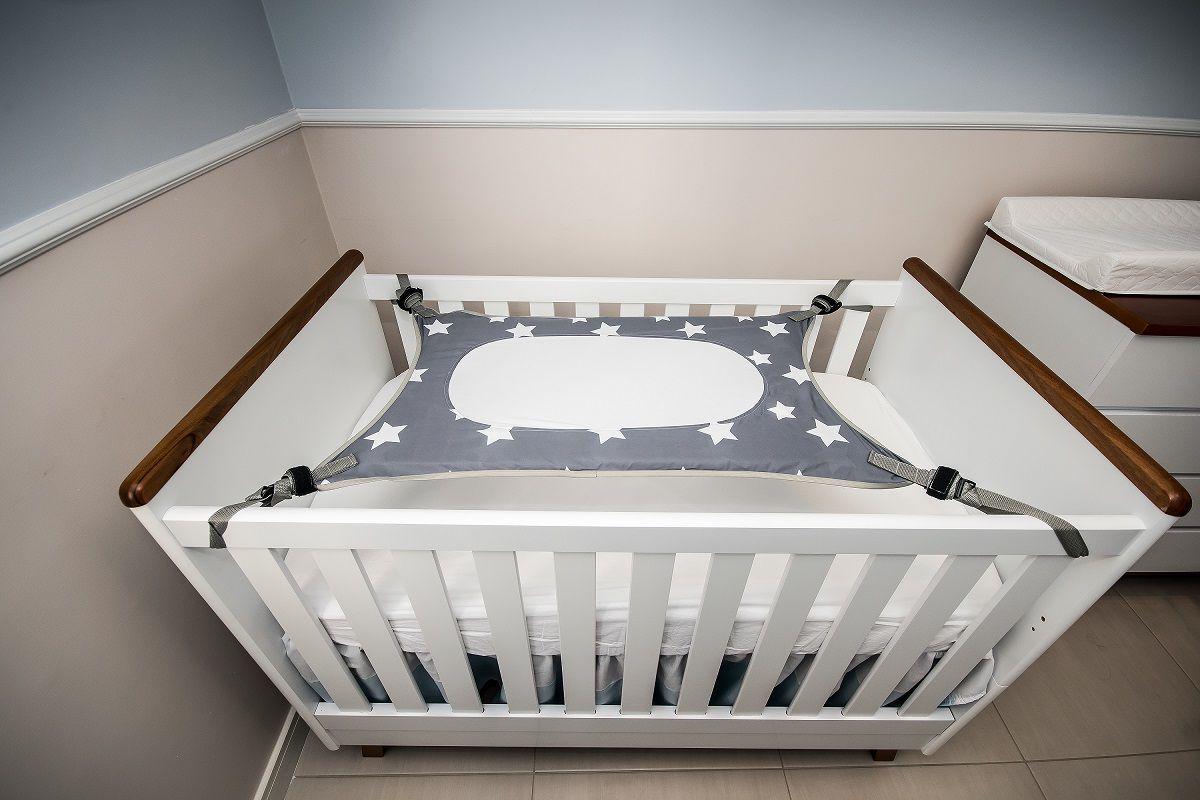 Cama Segura Primeiro Sono Redinha para Berço de Bebê - Cinza