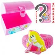 Mini Baú Surpresa com Adesivo e Chuquinha Aurora Bela Adormecida Princesas Disney