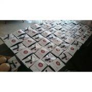 Kit c/10 / 50 ou 100 unid Mini Kimoninhos Brancos Personalizados c/corrente e argola
