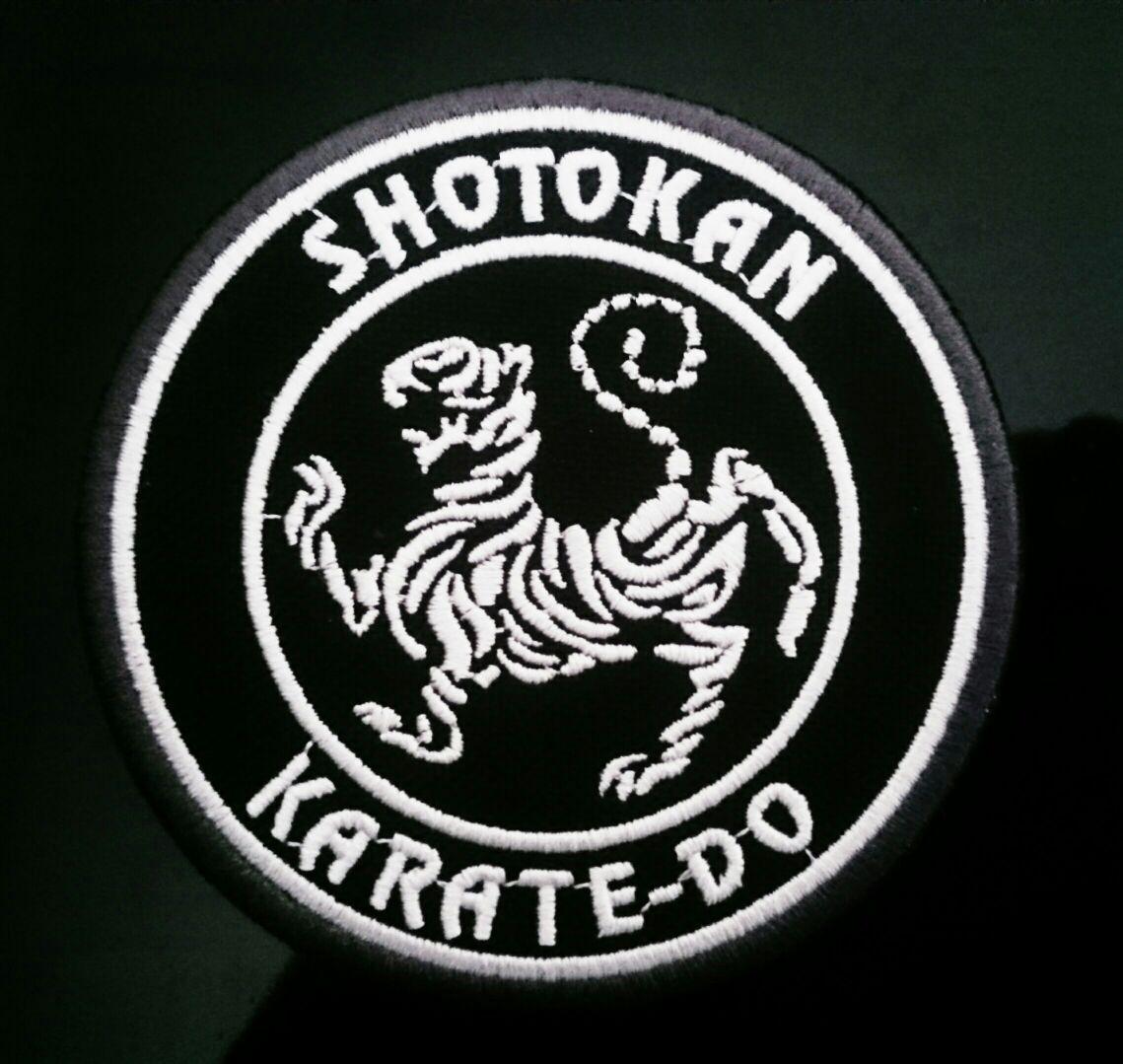Bolsa Evolution Karate Shotokan Preta friso branco