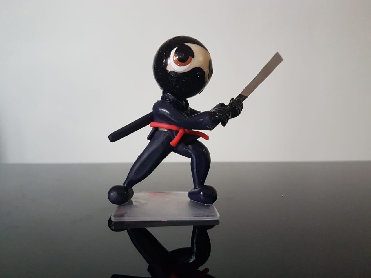 Boneco em Biscuit Ninja Tamanho 8,5 cm