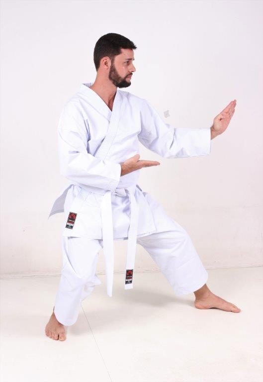 Combo Start: Kimono Karate PA Lonita + Bolsa Cobra Kai + Faixa Branca Iniciante