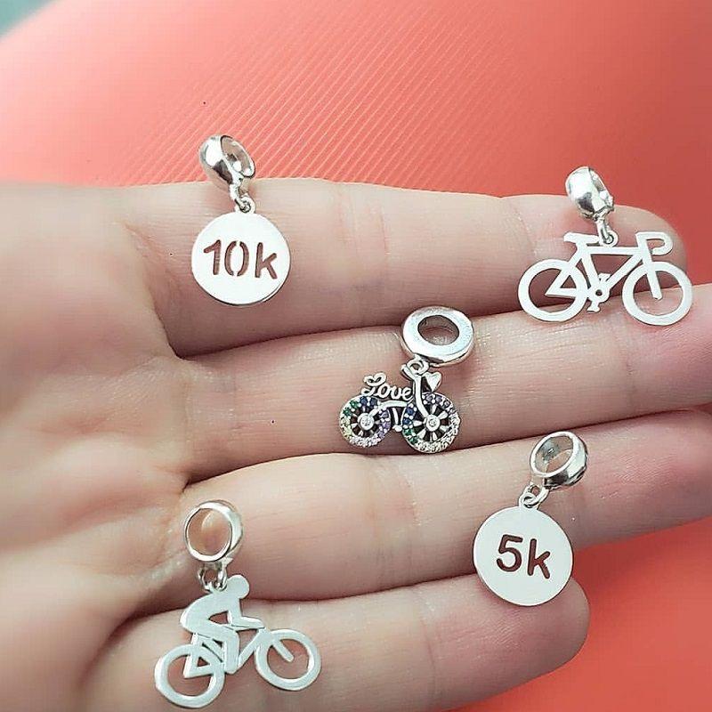 Berloque Bicicleta Zircônias