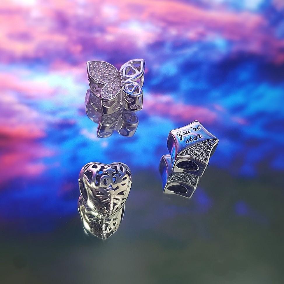 Berloque Borboleta Corações Zircônia Cristal - Prata Italiana