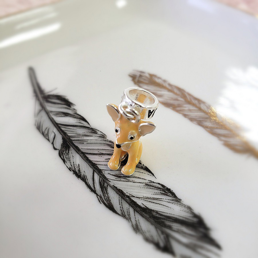 Berloque Cachorro Esmaltado Chihuahua