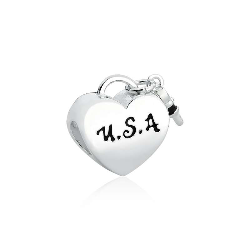 Berloque Coração Chave Estados Unidos