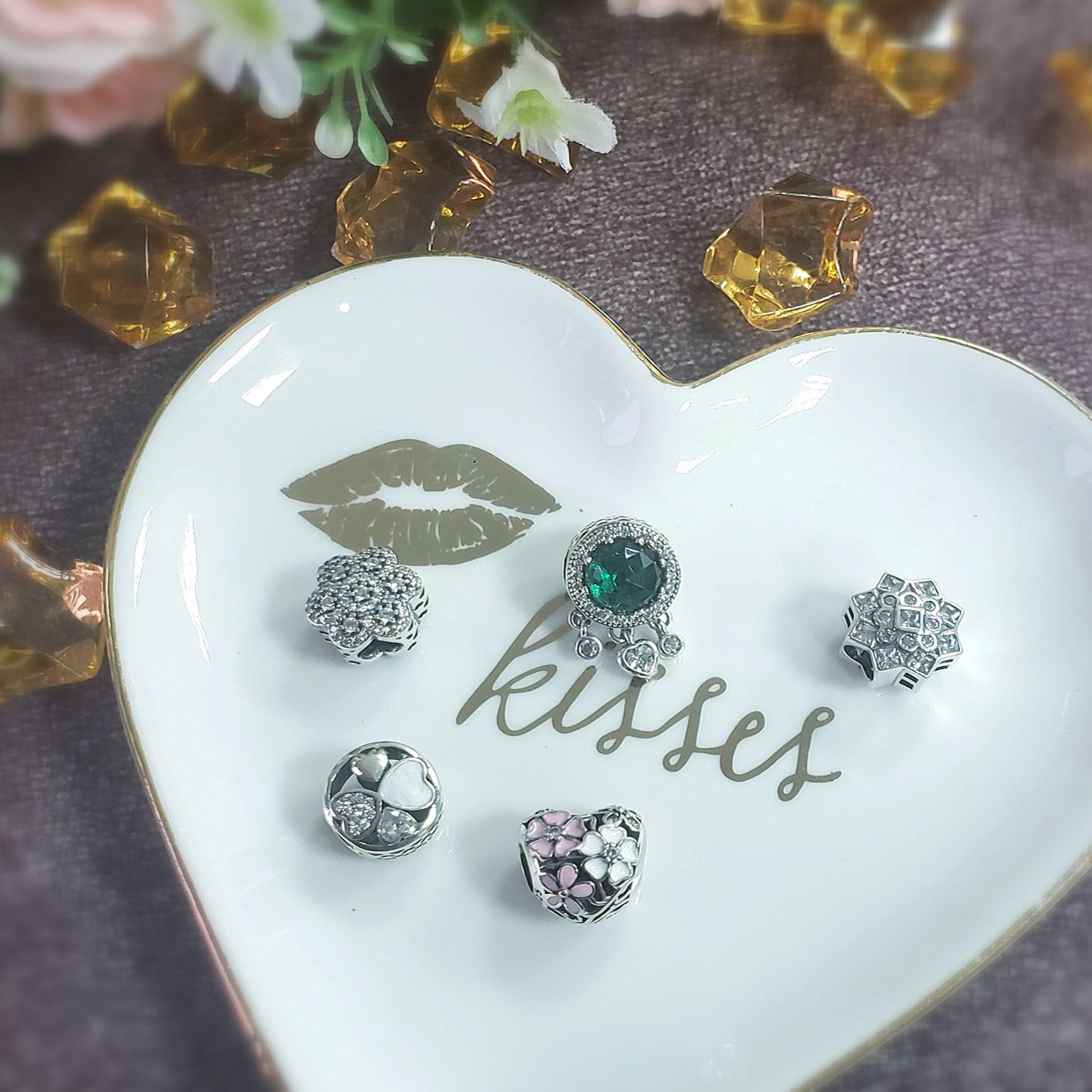 Berloque Coração Flores Branco Rosa - Prata Italiana