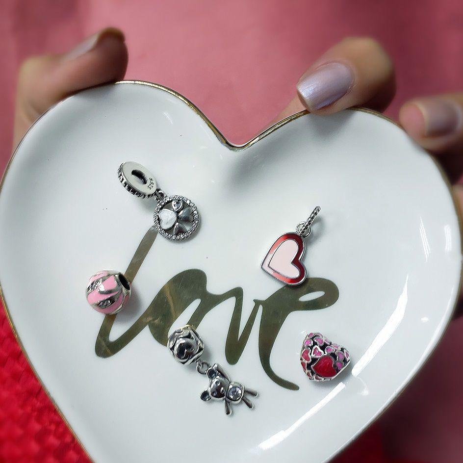 Berloque Coração Vermelho e Rosa Corações