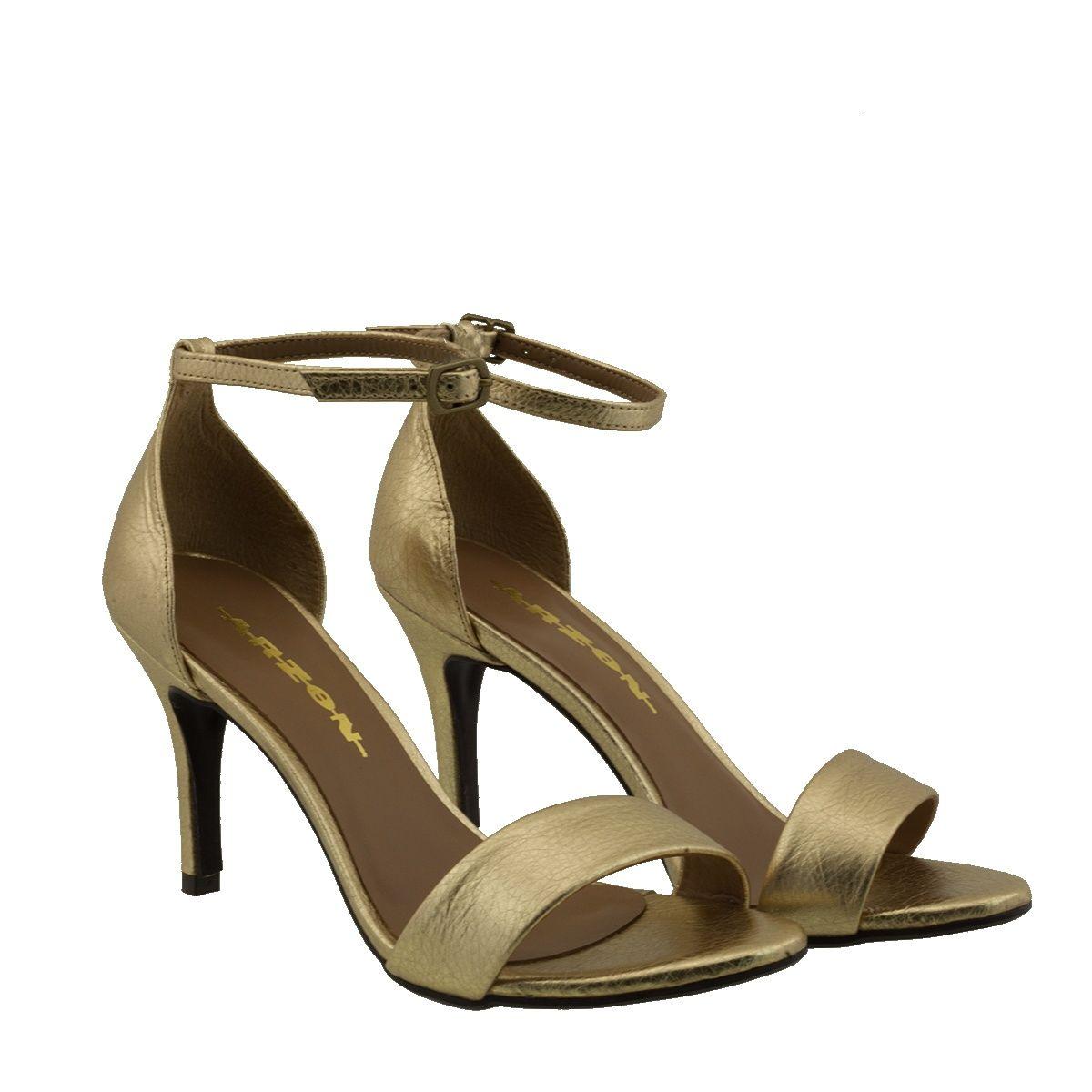 Sandália com Salto Fino Dourada