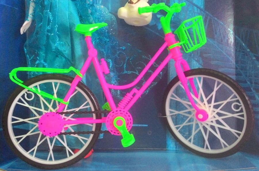 Boneca Elsa Desenho Frozen Ciclista Articulada Com Bicicleta